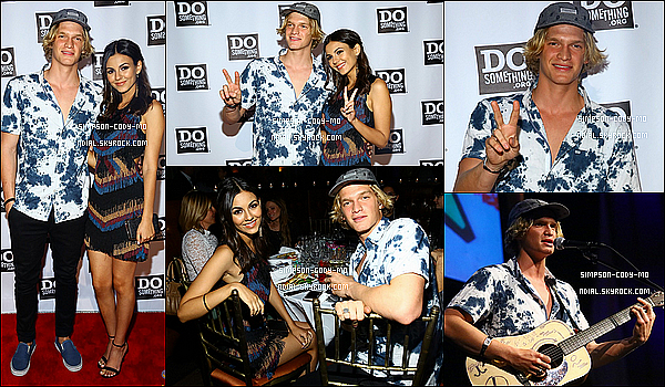 15/06/15 ♦ Cody Simpson a été photographié arrivant aux studios de la ABC à New York.