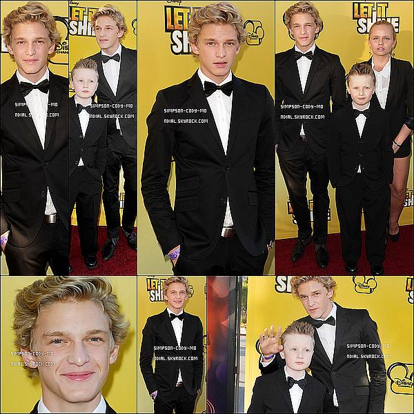 07/06/12 ♦ Cody Simpson a assisté à l'avant première de Let It Shine à Los Angeles.