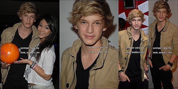 09/03/11 ♦ Cody Simpson était au Stars & Strikes Event dans le Pinz Bowling dans Los Angeles.