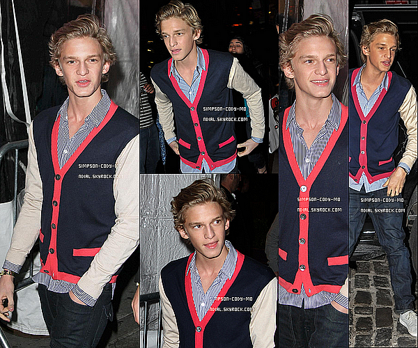 23/04/12 ♦ Cody Simpson était à l'ouverture du restaurant RYU dans New York .