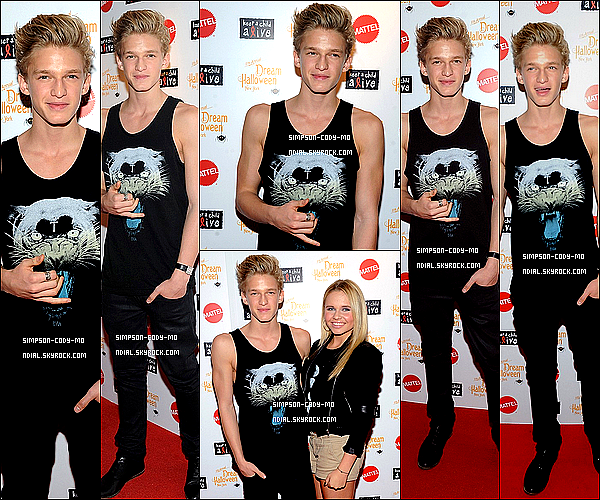 21/10/12 ♦ Cody Simpson était à la 2012 Dream Halloween Celebration qui a eu lieu au  Hard Rock Cafe à Times Square dans New York .