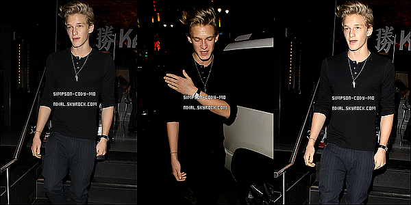 19/11/12 ♦ Cody Simpson a été vu sortant du restaurant Katsuya dans Hollywood.