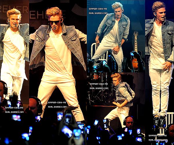 26/02/13 ♦ Cody Simpson a donné un concert dans le cadre du Paradise Tour à Dublin, Irlande.