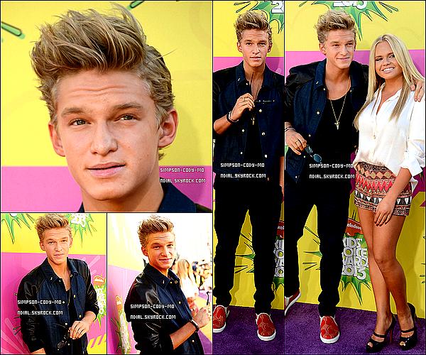 23/03/13 ♦ Cody Simpson était aux Kids Choice Awards qui se sont déroulés à Los Angeles.