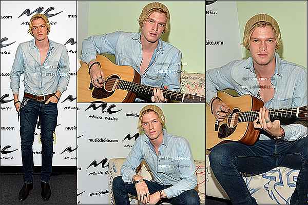 09/04/15 ♦  Cody Simpson a été photographié quittant le Huffington Post situé à New York.