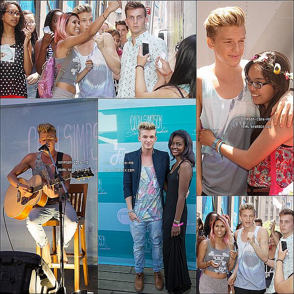 16/07/13 ♦ Cody Simpson arrivant et étant à la soirée de lancement de son album à New York.