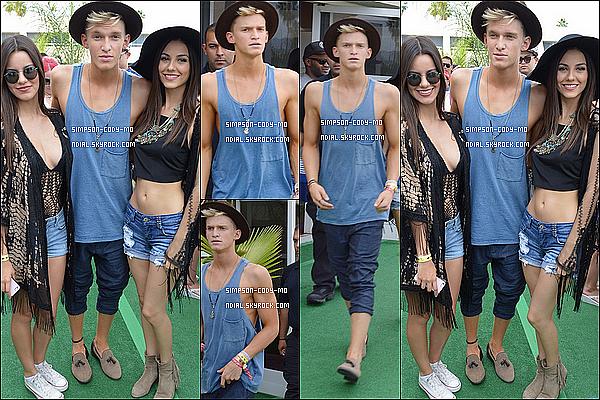 19/04/14 ♦ Cody Simpson a été vu à Palm Springs avec Victoria Justice et sa soeur Madison.