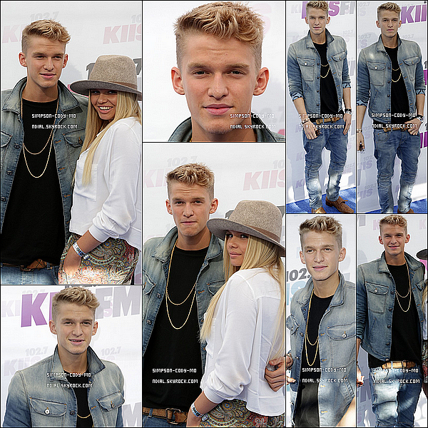 10/05/14 ♦ Cody Simpson était au StubHub Center avec Alli et Witney Carson à Los Angeles.