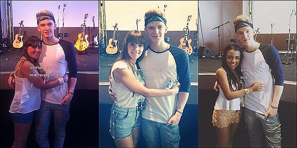 14/07/14 ♦ Cody Simpson a donné un Meet&Greet à Lisbonne.