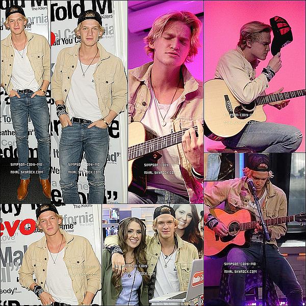 06/02/15 ♦ Cody Simpson a performé chez Vevo à New York puis s'est rendu chez Radio Disney.