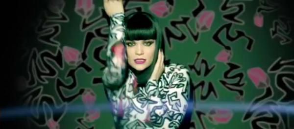 Le nouveau clip de Jessie J: Domino
