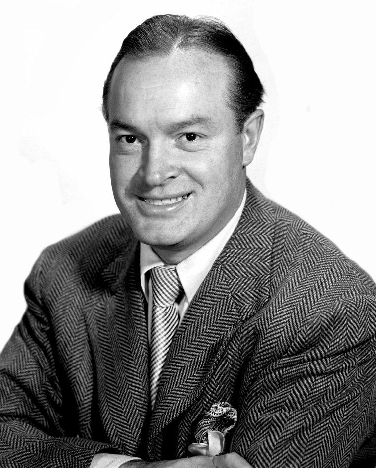 Bob HOPE (29 Mai 1903 / 27 Juillet 2003) (100 ans, décède d'une pneumonie à son domicile)