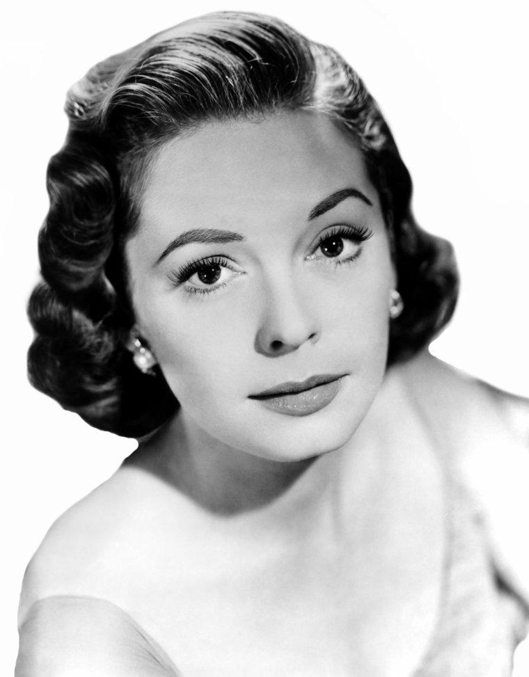 Jane GREER (9 Septembre 1924 / 24 Août 2001) (76 ans, décède des suites d'un cancer)