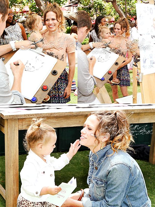 18 Mai 2013 - Joy et sa fille Maria étaient à l'évènement Corolle Adopt-a-Doll.