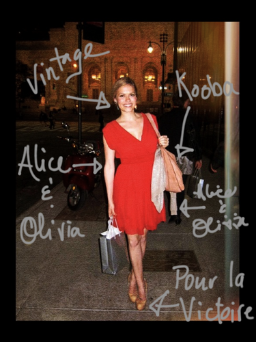 18 Octobre 2011 - Bethany était à Bombay Sapphire & Nicholas Sparks Celebration à Michael's à New York.