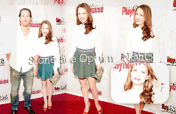 Juin 2014 - Bethany Joy Lenz et Wes Ramsey était à l'ouverture de Stoneface au théâtre Pasadena Playhouse.