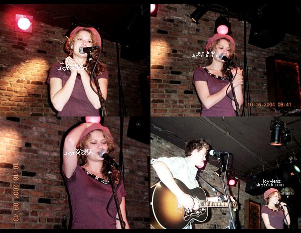 16 Octobre 2004 - Bethany à Bitter End à New York avec Tyler Hilton.