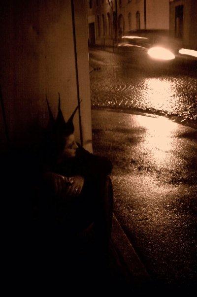 Dans L'ombre, Tu a trouver ta place...