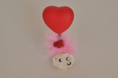 Petit nuage kawaii avec son petit coeur