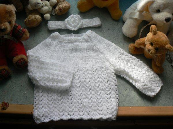 pulls et  petits cardigans pour bebe  de 3 a 6mois