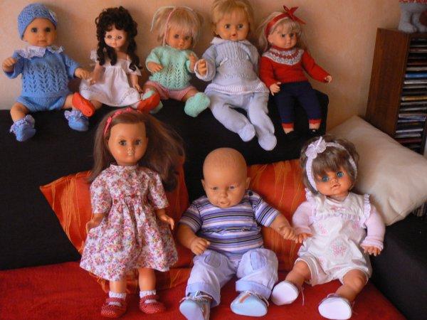 ces jolies poupées sont a vendre  bella famosa.hktg.chicco   etc....
