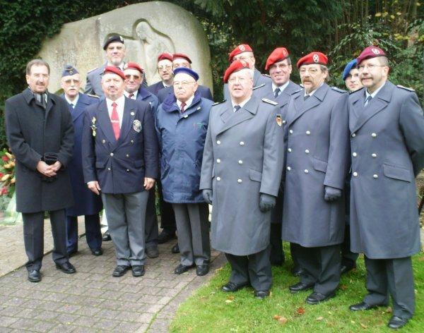 NACHTRAG 24: Die UNP Haguenau zum Volkstrauertag in Bad Dürkheim - (18. November 2007)