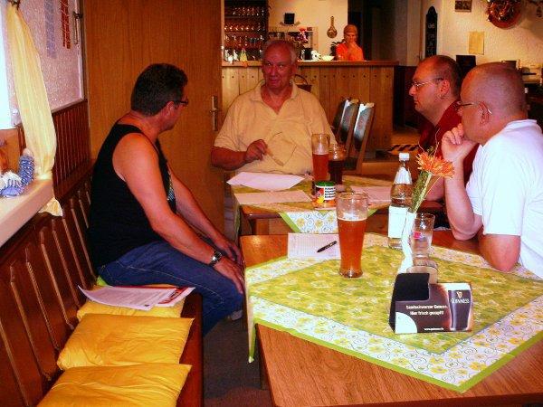 NACHTRAG 48: 02. Juli 2010 UNP Section 671 (Le Président chez les Kameraden der Reservistenkameradschaft Bad-Dürkheim)