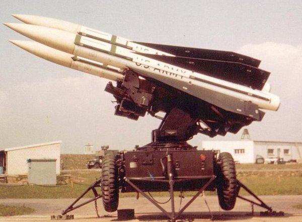 HAWK - système d'arme / HAWK - Waffensystem / HAWK - Weapon System