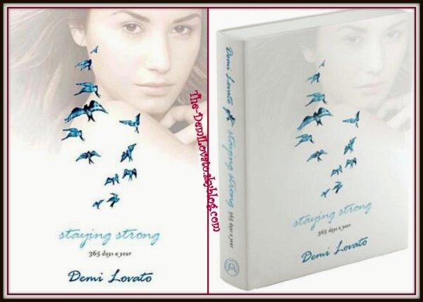 """Staying Strong"" un livre signé Demi ! ♥"
