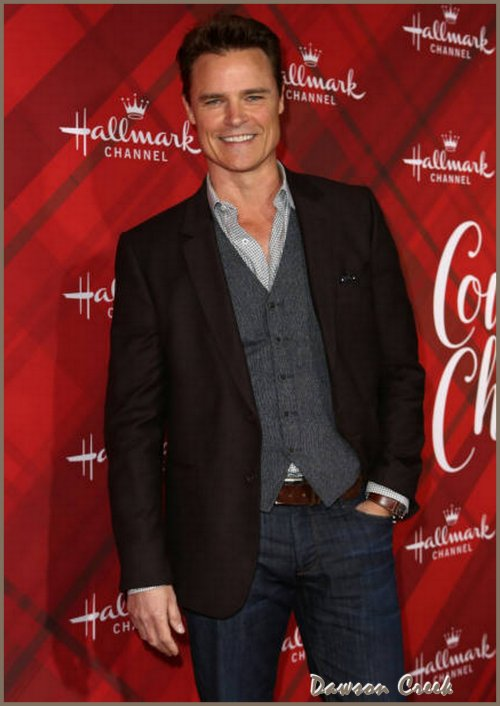 Hallmark Channel's Countdown To Christmas Celebration