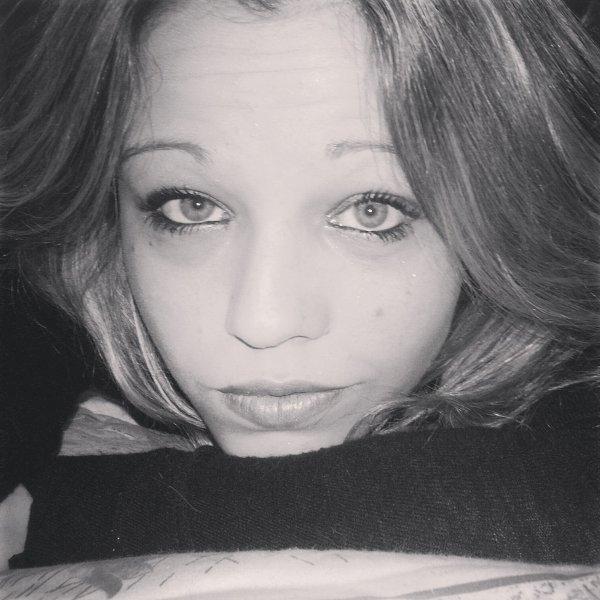 Morgane ` 18 ans - Paris - Celib` ..