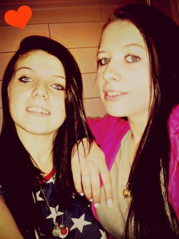 #. Moi &' ma jumelle ! :Pp <3