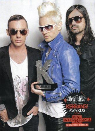 Kerrang Magazine. Edition aout 2010.