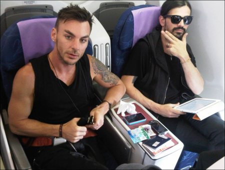 "Blog Jared Leto: ""Shannon + Tomo - vagabonds"" 24 déc 11"