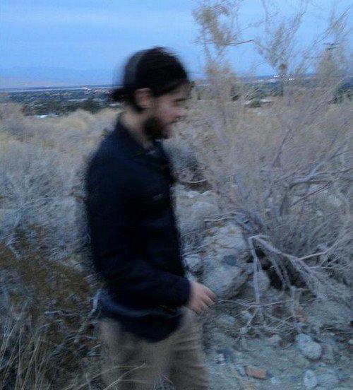 18 avril. Dans le désert