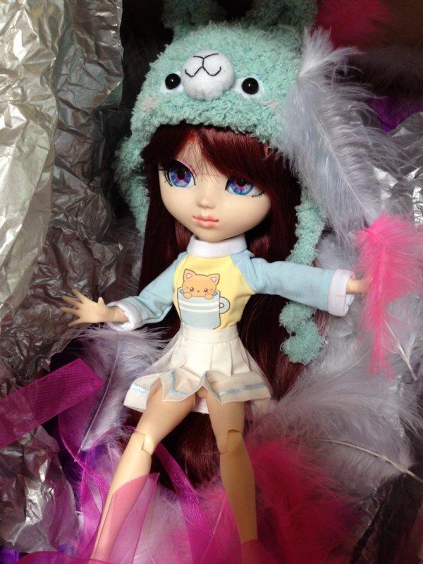 J'ai l'honneur de vous annoncer que ma petite Akane à enfin sa custo définitive! ♥️ Personnellement je craque totalement sur elle! Vous en pensez quoi?