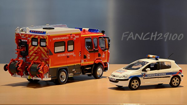 Renault Midlum 220 PSE G5 BSPP et 307 Peugeot Police municipale