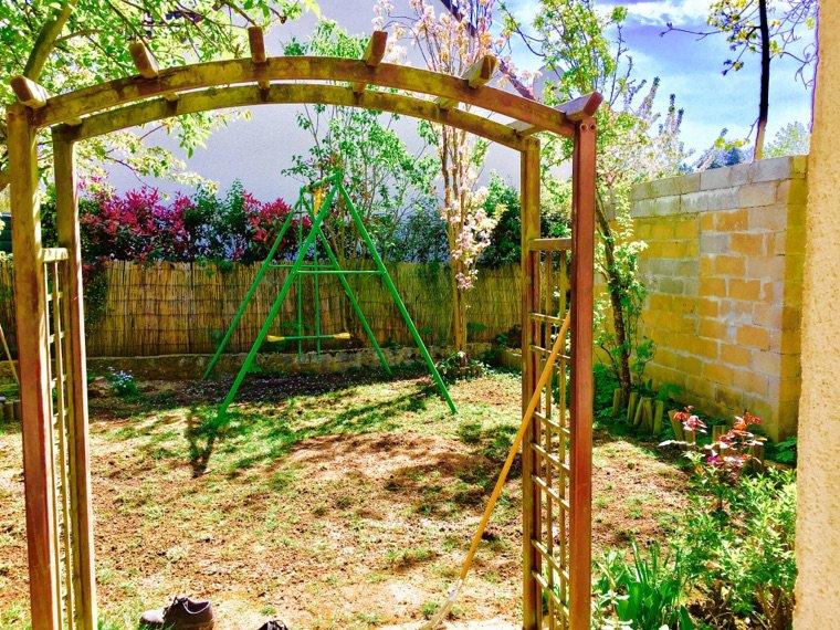 Mise à jour du jardin ... travail intense ...