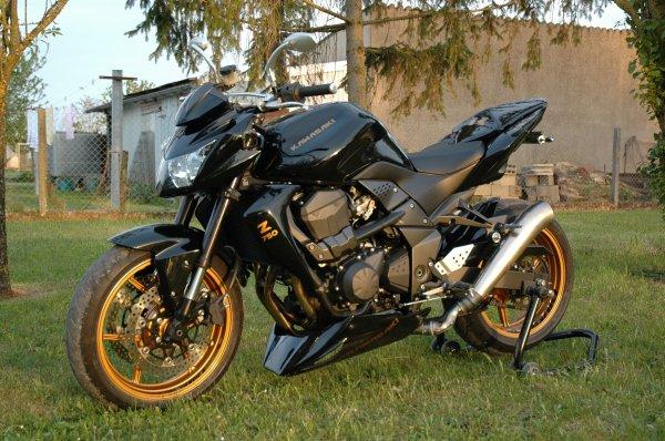 z750 noir et or