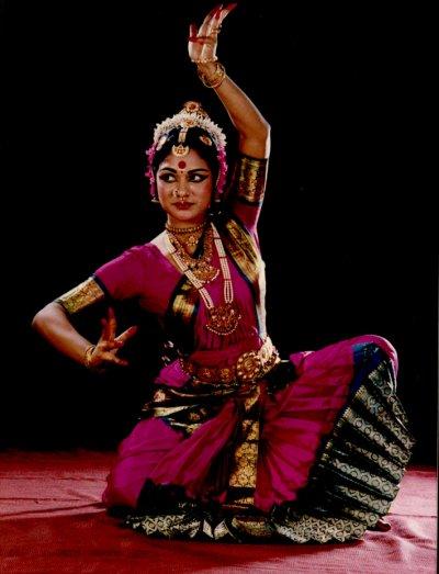 Le bharata natyam