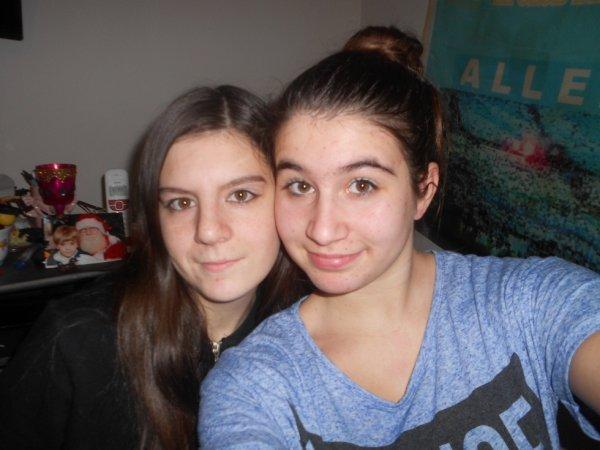 moi et ma petite soeur de coeur <3