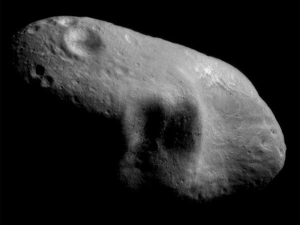 Lancement de la sonde Near-Shoemaker en direction de l'astéroïde Eros, à 300 millions de km de la Terre.