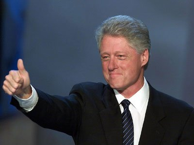Bill Clinton est réélu président des États-Unis.