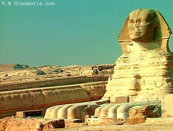 en Egypte, inauguration du Sphinx restauré après 10 ans de travaux.
