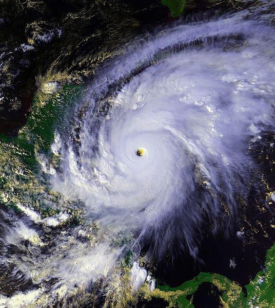 L'ouragan Mitch dévaste le Honduras et le Nicaragua.