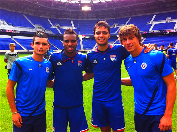 27/07/12 ● Rémy a publié une photo sur Facebook en disant: Avec les Espoirs à la Red Bull Arena... mais demain on n'aura pas le même maillot jajaja ! Miaouuuuuuu
