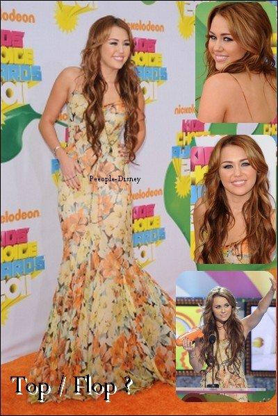 2 Avril : Miley était au KCA 2011 où elle a remporter un prix. Pour moi c'est un Top malgré que j'aime pas la couleur de sa robe
