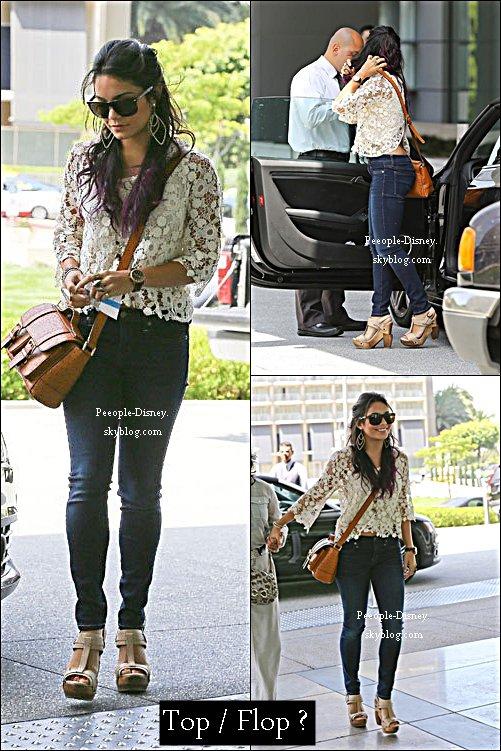 20 Juin 2012: Vanessa Hudgens et sa mère Gina se rendant à un rendez vous d'affaire à  Century City. Pour moi c'est un gros Top, j'adore sa tenue :D