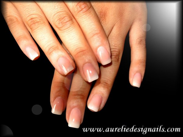 pose d'ongles naturelles