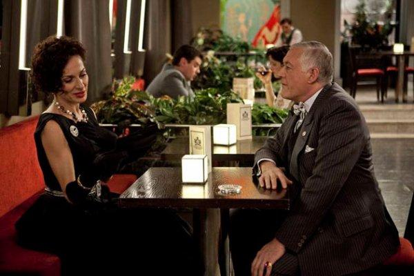 Le marquis de Balmer tente de flirter avec Angelica